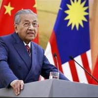 Malaysian Prime Minister Mahathir bin Mohamad resigns.
