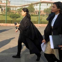 Tamil Nadu Government announces monthly stipend support of RS 3000 to junior lawyers